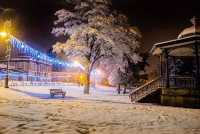 buxton-christmas-scene-4