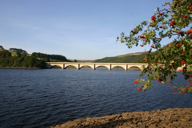 Ladybower Reservoir - Derwent Reservoirs Circuit